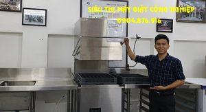 Máy rửa chén công nghiệp Prime tiết kiệm hóa chất tẩy rửa